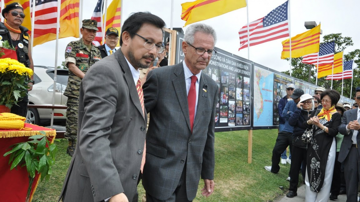 Congressman Lowenthal at The Wall of Remembrance in Little Saigon, Westminster.